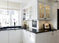 Реставрация кухонных фасадов из массива