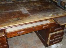 Даем вторую жизнь: реставрация мебели своими руками