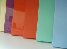 Разнообразные цвета кухонных фасадов: как не ошибиться с выбором