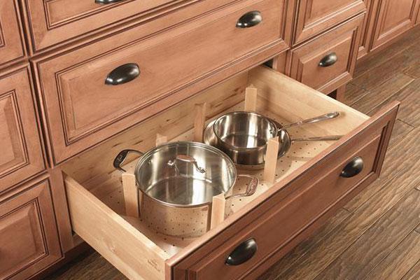 Нижние кухонные шкафы