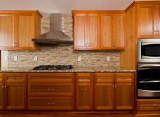 Статья из чего и каким образом получается стоимость замены столешницы на кухне