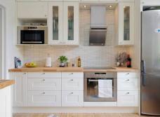 Реставрация фасадов кухонной мебели из массива