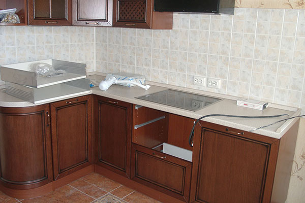 Возможности современного ремонта кухонной мебели