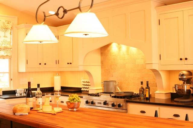 декоративный светильник на кухне