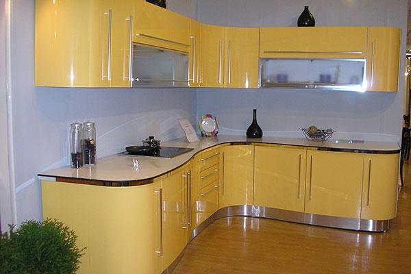Современные кухонные фасады МДФ: основные виды, их плюсы и минусы