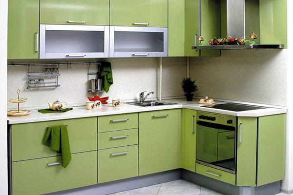 Угловая кухня: основные виды, преимущества и критерии выбора