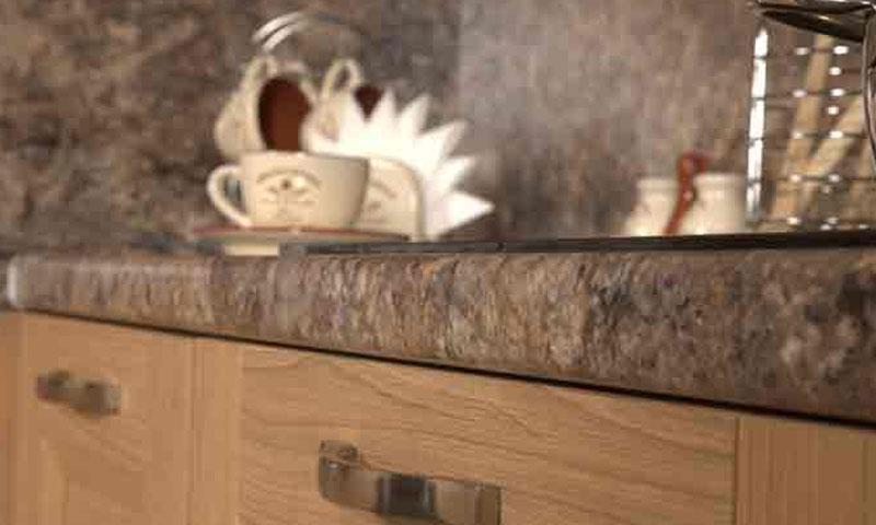 Ремонт кухонной столешницы из ДСП