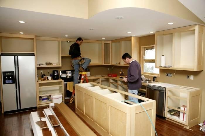 реанимирующий ремонт мебели на кухне